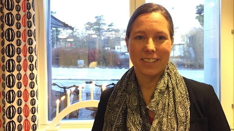 Jennie Sandström doktorand i skogsekologi. Foto: TullaMaja Fogelberg/Sveriges Radio