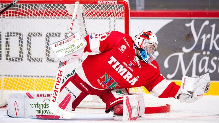 Timrås målvakt Henrik Haukeland var starkt bidragande till segern mot Västervik med 1-0