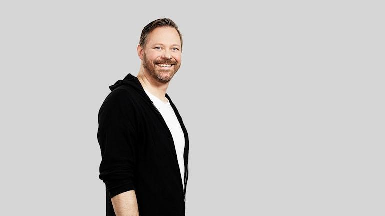 Halvbild på Niclas Lundin, lokal finalist P4 Nästa 2018. Foto: Olle Melkerhed/Sveriges Radio