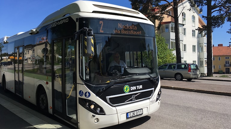 Bussen mot Nacksta