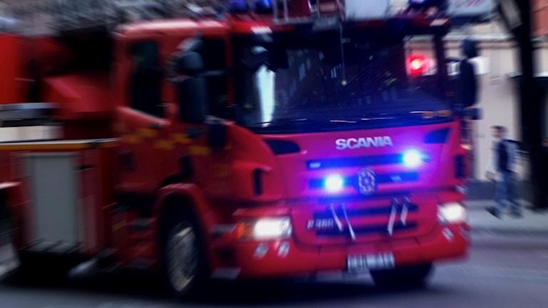 Brandbil under utryckning. Foto Hasse Holmberg / TT