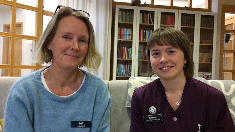 Åsa Pellikka, verksamhetschef och Amanda Viklund, sjuksköterska på Hospice i Sundsvall. Foto: Christer Jonasson/Sveriges Radio