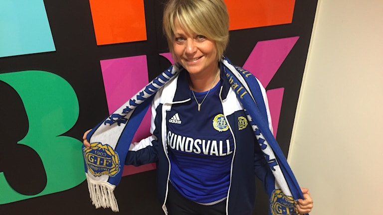 Eva Lundholm är en av kandidaterna till årets fotbollssupporter. Foto: Niklas Axelsson/Sveriges Radio