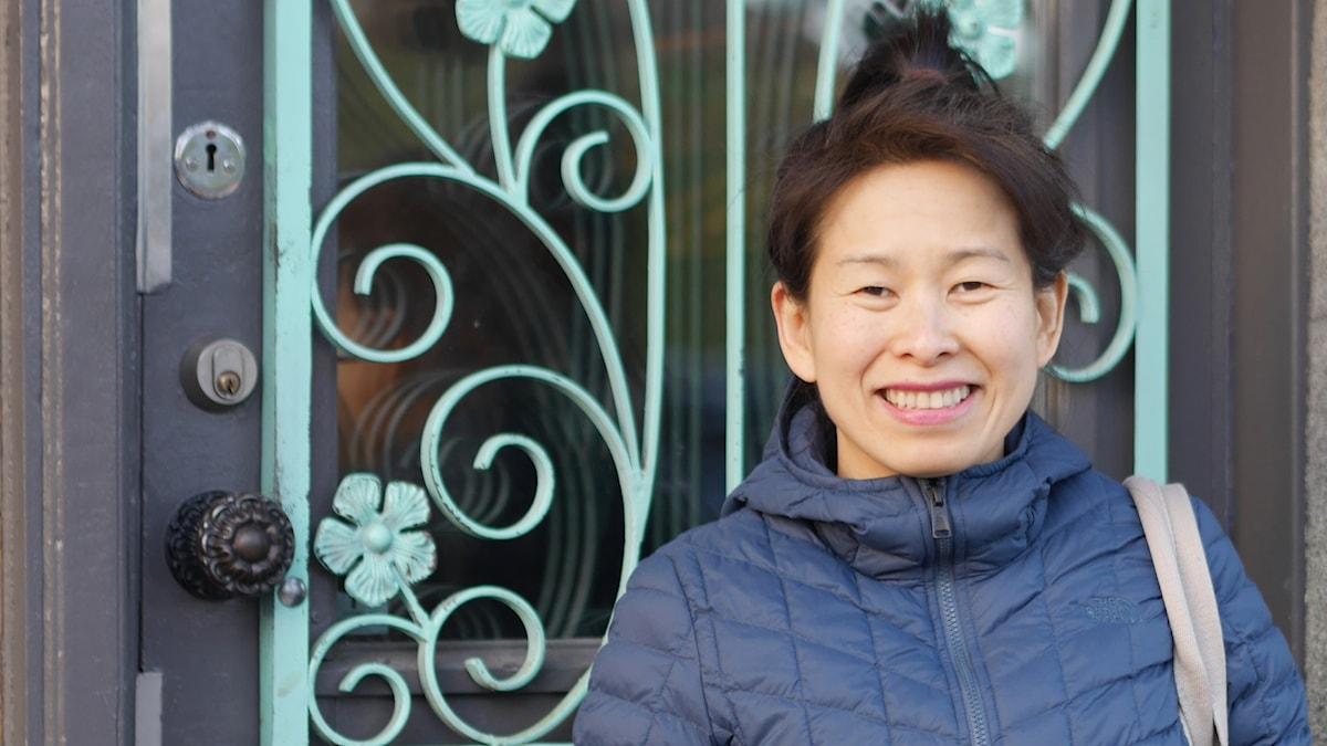 Porträttfoto av Kim Thúy