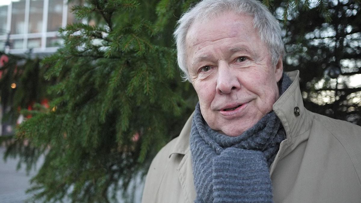 Sven Wollter läser En Julsaga av Charles Dickens