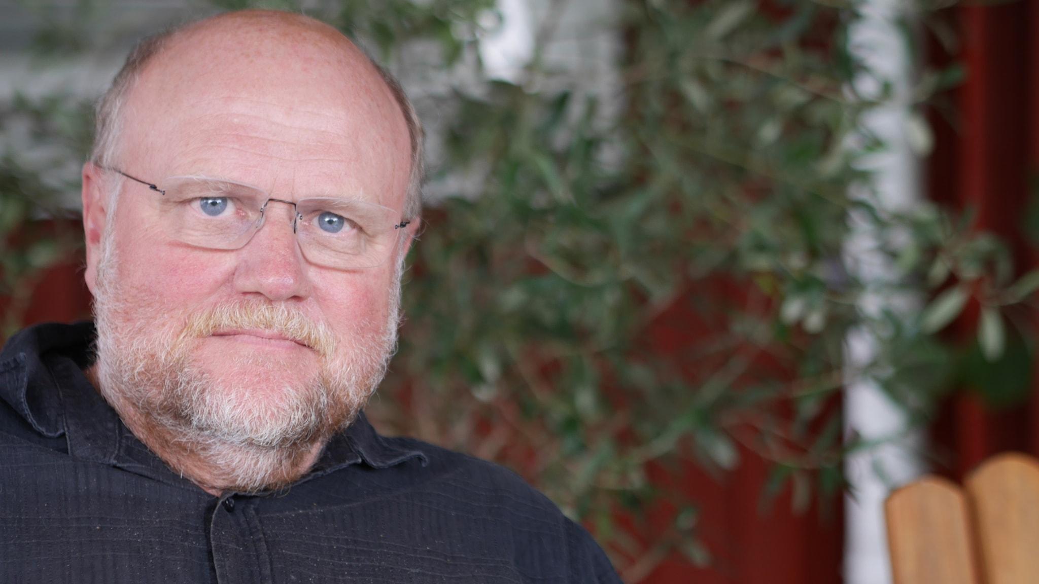 Swede Hollow: Författarintervju med Ola Larsmo