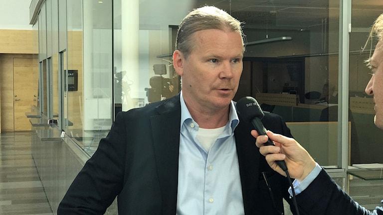 Expojkvännens advokat Lars Jähresten.