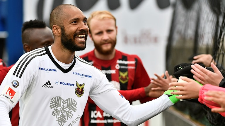 Östersunds målvakt Aly Keita.