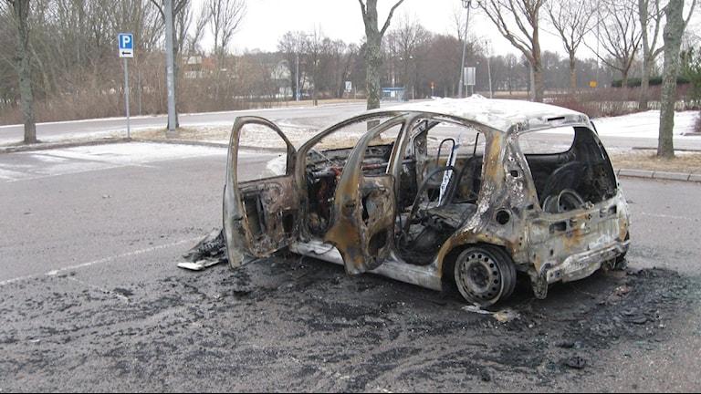 Anlagd bilbrand Västerås Foto: Inga Korsbäck/Sveriges Radio.