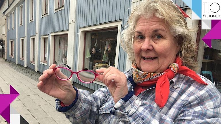 Ann-Cristine Berglind i Arboga vill att glasögon ska subventioneras.