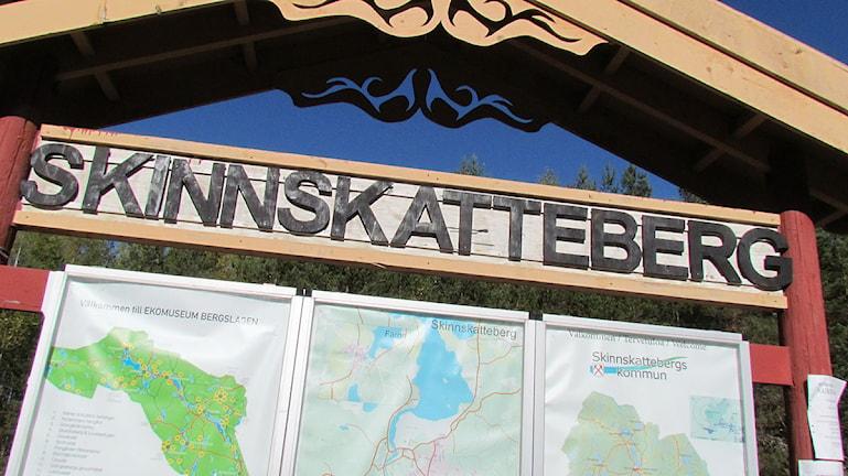 Skylt, Skinnskattebergs kommun. Foto: Kennet Lindquist/Sveriges Radio.
