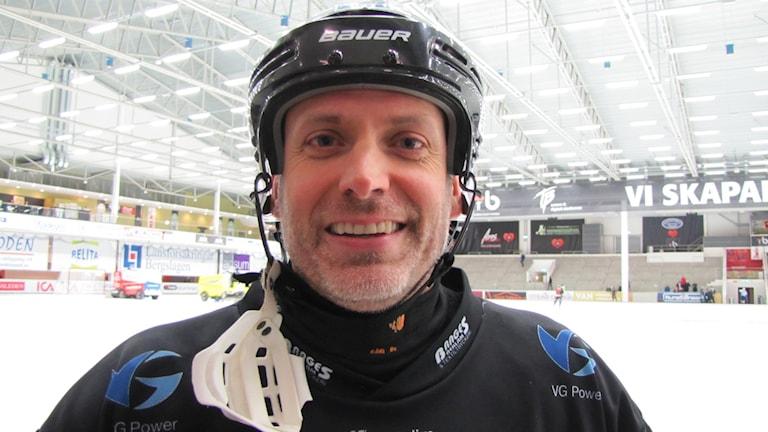 Anders Östling Tillberga Bandy. Foto: Hans Sjöström / Sveriges Radio