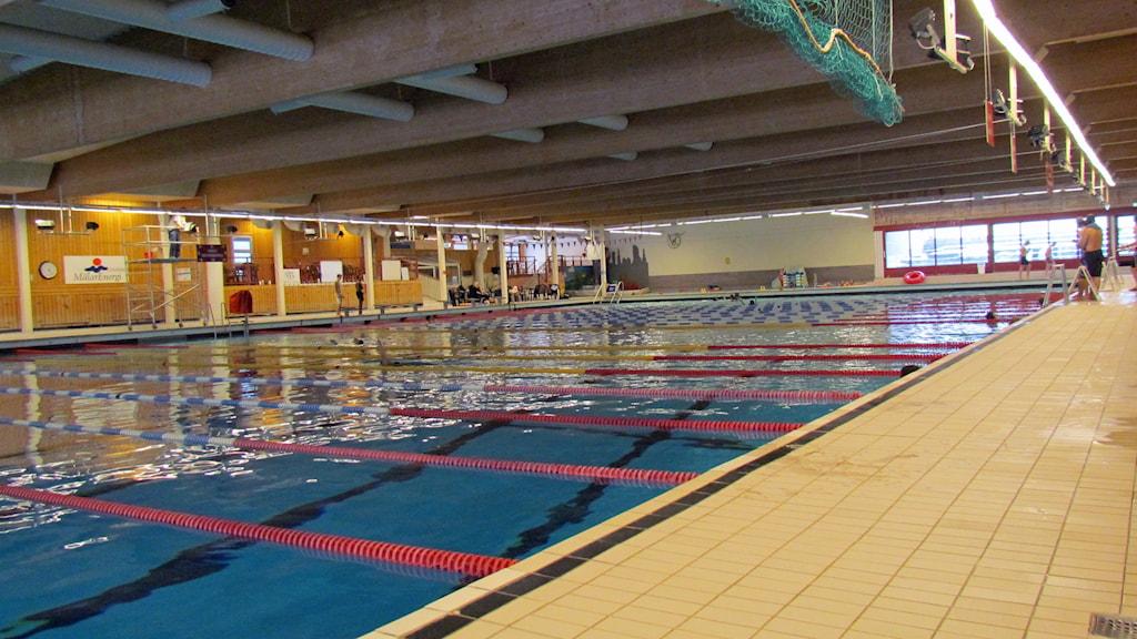 Stora bassängen på Lögarängsbadet i Västerås.