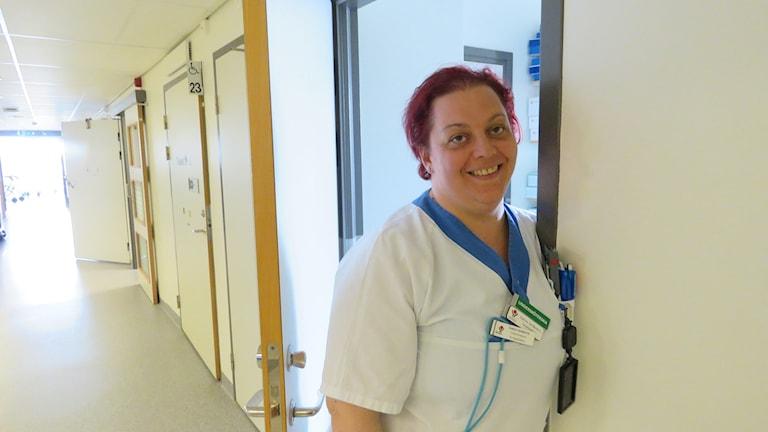 Ismira Serdarevic undersköterska och stomiombud.