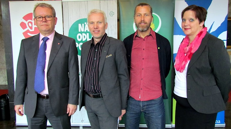 Anders Teljebäck (S), Lars Kallsäby (C), Magnus Edström (MP) och Amanda Agestav (KD). Foto: Marcus Carlsson/Sveriges Radio.