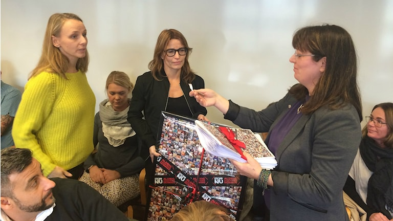 Mia Björkström, Viktoria Bagi och Vicki Skure Eriksson. Foto:Terje Lund/Sveriges Radio