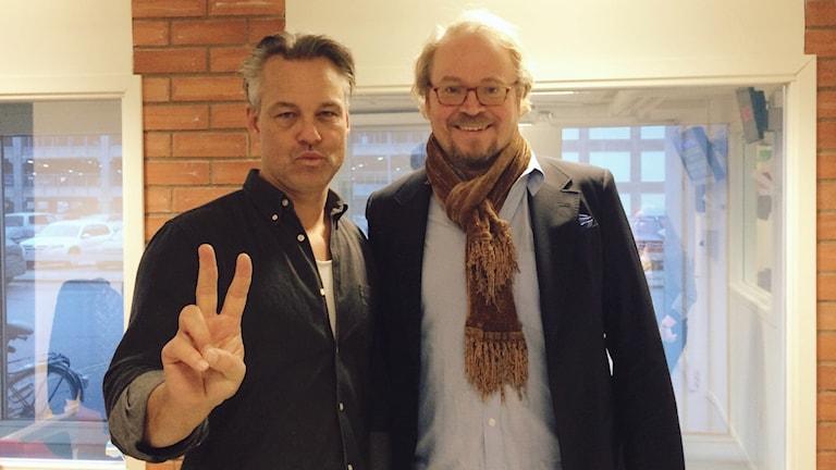 Humorduon Henrik Schyffert och Fredrik Lindström gästar Västerås med sin nya show. Foto: Martin Vare/Sveriges Radio