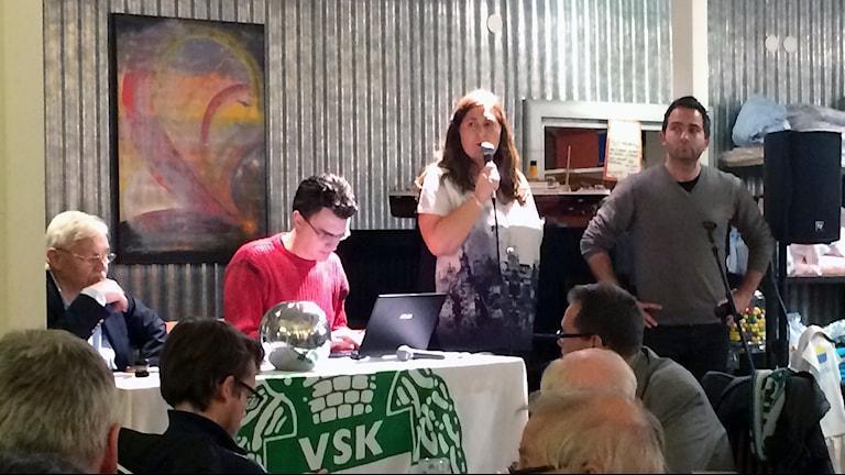 Gisela Stockhaus och Michael Campese på VSK Fotbolls möte.