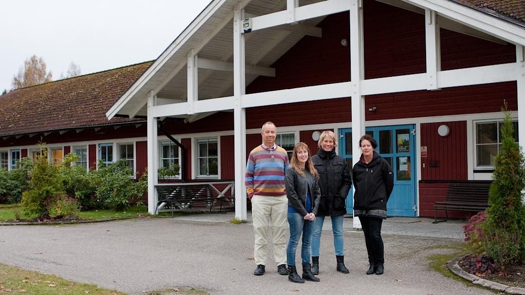 Christer Gustafsson, Annika Törnblom, Anne Mäki och Bodil Ferngren är några av eldsjälarna som startar högstadieskola i Salbohed. Foto: Pia Lindhe Rudolf/Pila Media.