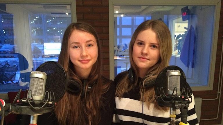 Maja Westin och Josefine Vestergaard. Foto: Jenny Berggren/SR