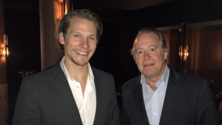 Filip Hammarström och Göran Ragnerstam i Sala igår. Foto: Martin Vare/Sveriges Radio.