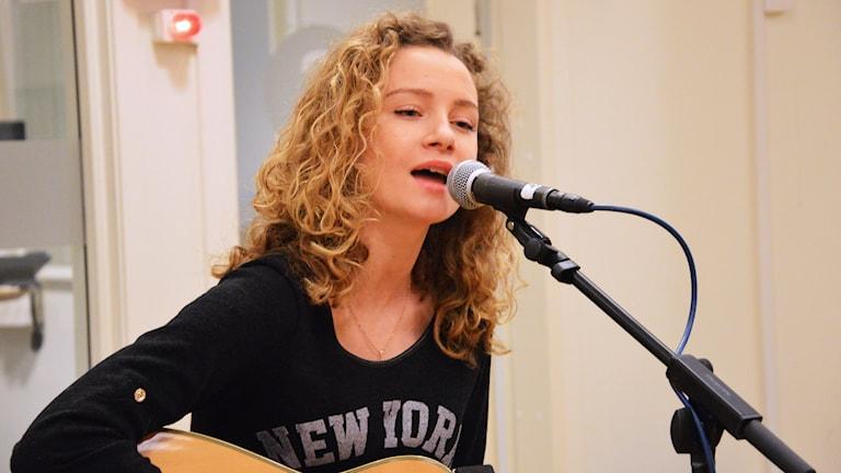 Larisa Cof på Radioscenen. Foto: Eva Kleppe/Sveriges Radio.