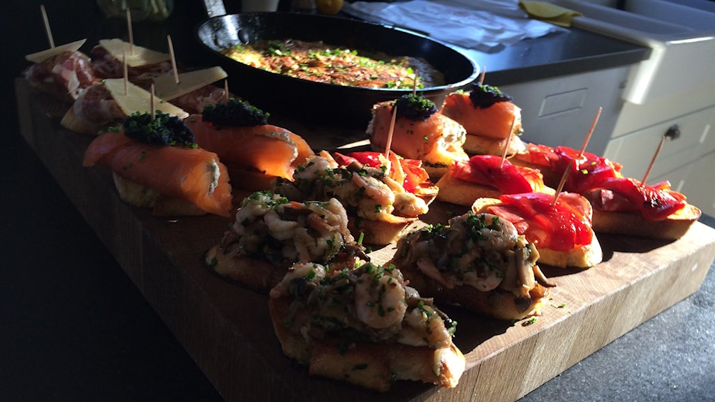 Tortilla espanola & fyra olika pintxos, lagad av Amir Kheirmand. Foto: Sveriges Radio