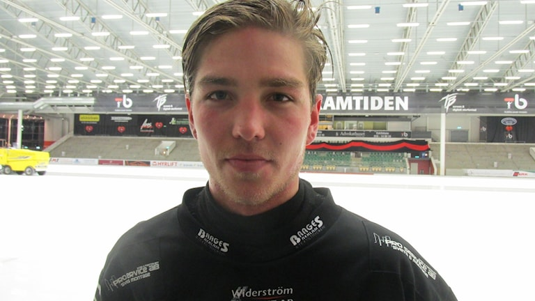 Robin Andersson Tillberga Bandy. Foto: Hans Sjöström/Sveriges Radio