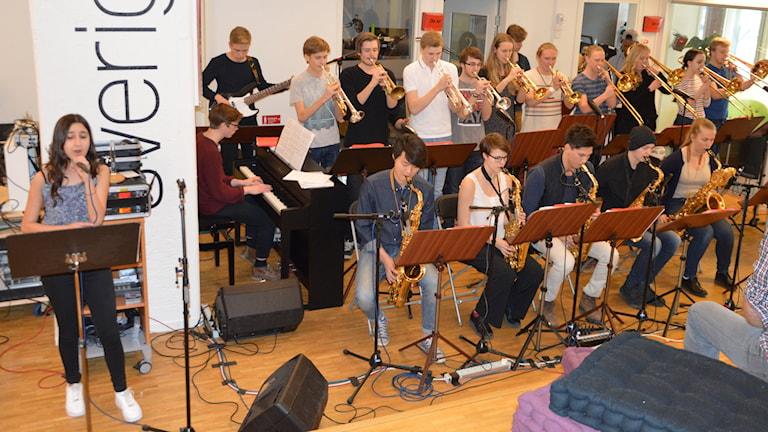 Västerås Ungdomsstorband på Radioscenen. Foto: Eva Kleppe/Sveriges Radio.
