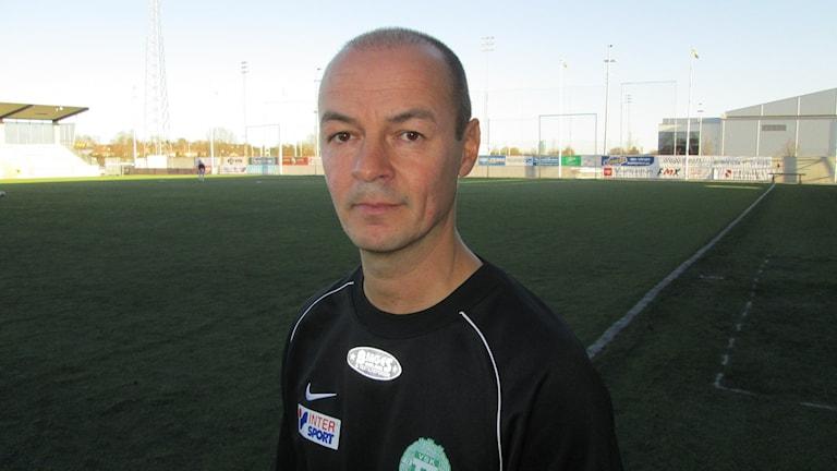 Leif Berg tränare VSK Fotboll. Foto: Hans Sjöström/Sveriges Radio