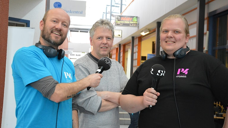 Terje Lund, Michael Gawell och Mattias Rensmo hörs i etern. Foto: Eva Kleppe/Sveriges Radio.