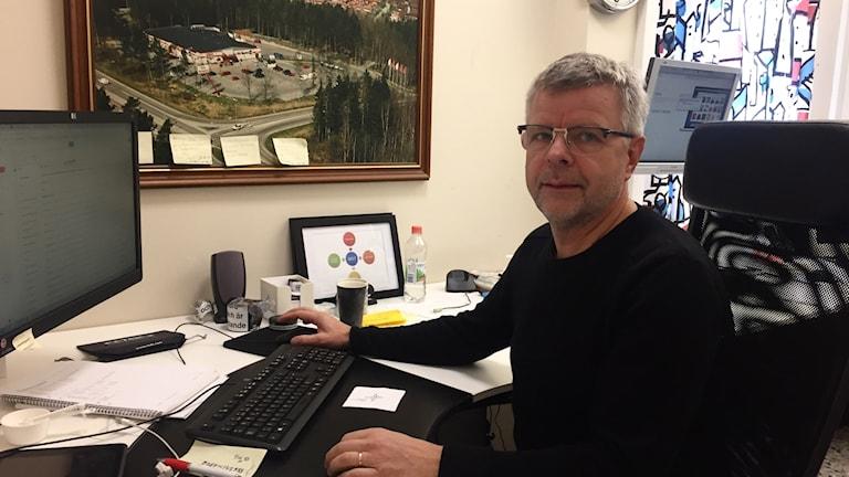 Handlaren Mats Andersson var först i Sverige med att erbjuda sina kunder att handla mat via nätet.