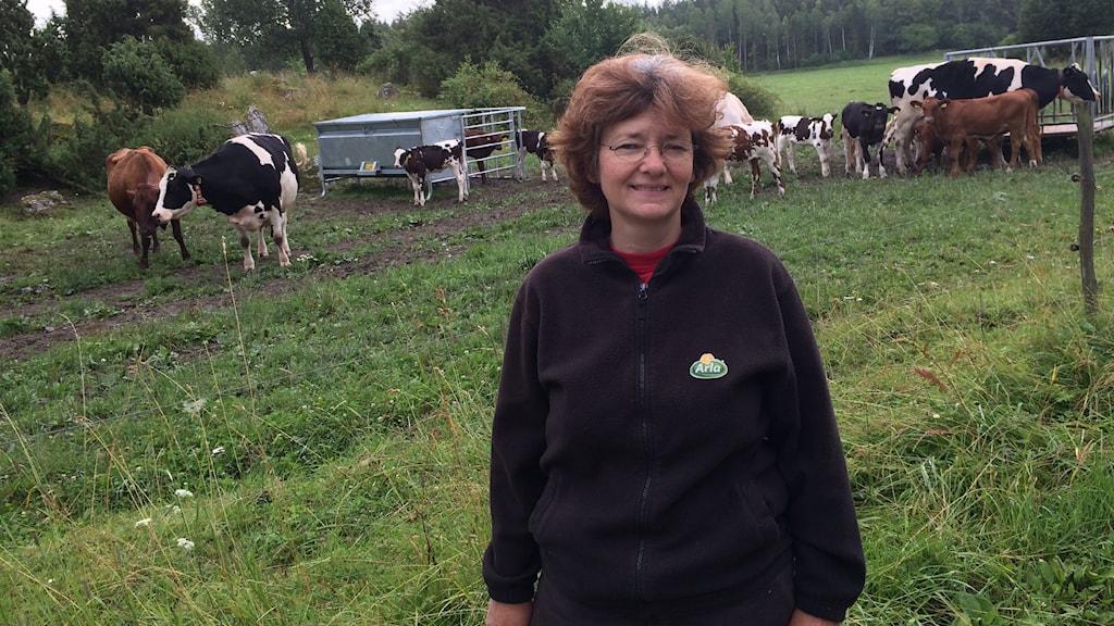 Ingrid Sommar, jordbrukare i Rytterne utanför Västerås. Foto: Madeleine Bengtsson/Sveriges Radio