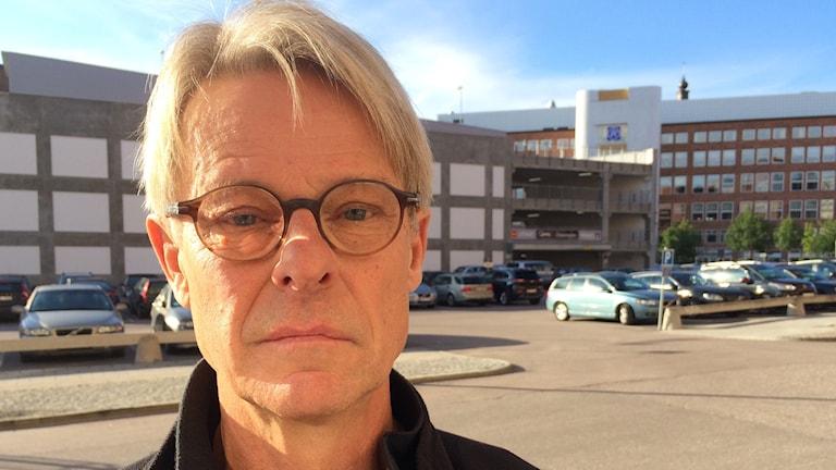 Peder Sandahl är ordförande för Röda Korset i Västerås.
