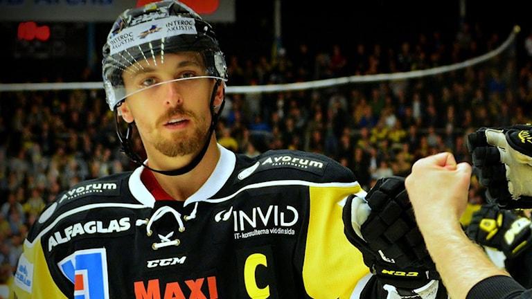 VIK Hockeys lagkapten Jeremy Williams. Foto: Rune Åhlén.