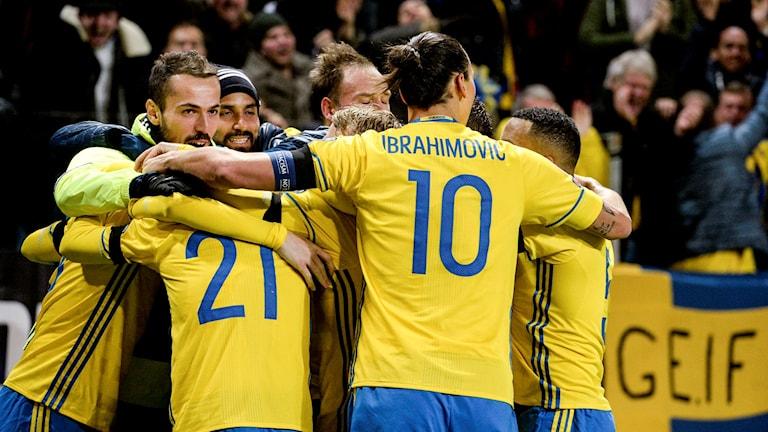 Ikväll avgörs om Sverige eller Danmark får en EM-plats. Foto: Janeric Henriksson/TT.