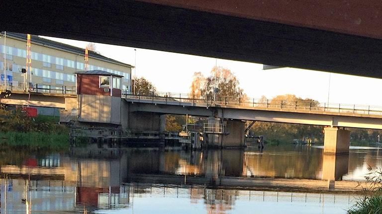 Bron på väg 250 i Kungsör. Foto: Monica Elfström/Sveriges Radio.