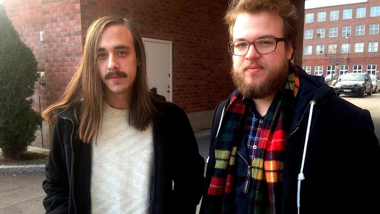Adam Merivirta och Viktor Persson Bengtsson i bandet Lake Luna. Foto: Mattias Rensmo/Sveriges Radio.