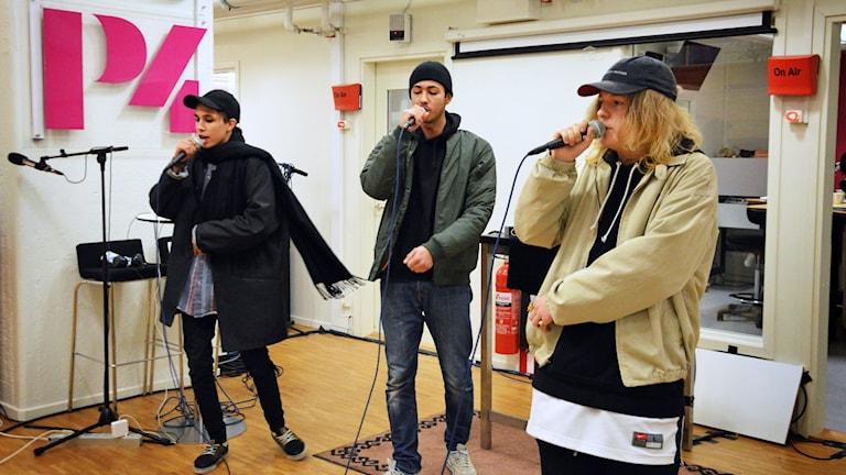 Eboniks från Västerås live i radiohuset. Foto: Eva Kleppe/Sveriges Radio.