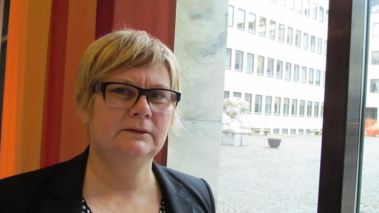 Ann-Louise Molin Östling, ordförande i Individ- och familjenämnden i Västerås. Foto: Patrik Åström/Sveriges Radio.