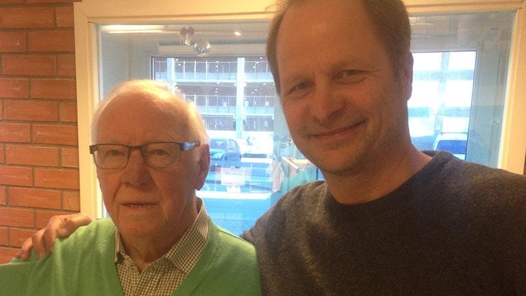 """VSK Bandy-legendarerna Gunnar """"Gucko"""" Jansson och Johan """"Josen"""" Olsson."""