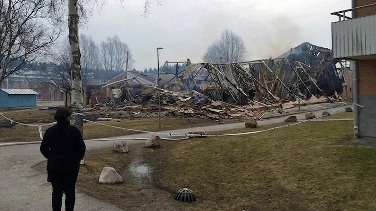 Önstaskolans gymnastiksal blev totalförstörd.