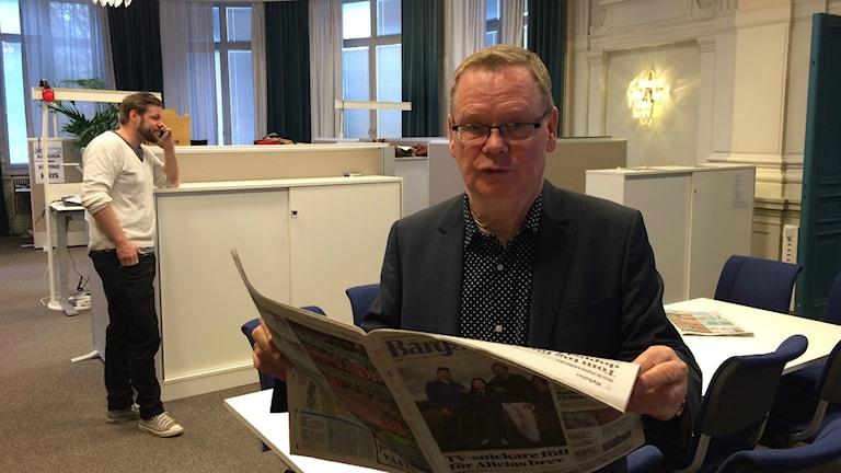Lennye Osbeck och Bärgslagsbladet/Arboga Tidnings nyhetschef, Andreas Nilsson.