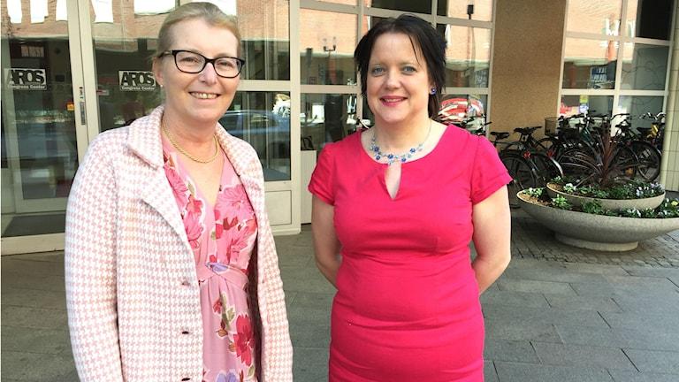 Elisabeth Unell (M) oppositionsråd och Amanda Agestav (KD) kommunalråd i Västerås.