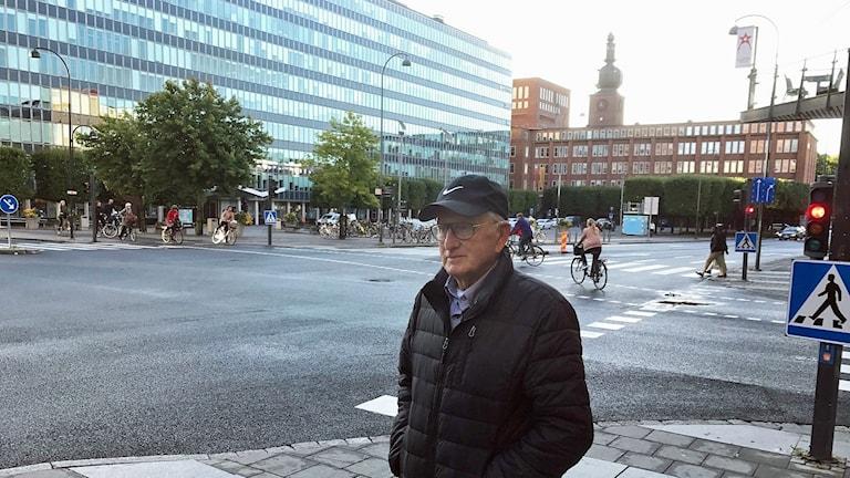 Lennart Urby i korsningen Stora gatan/Kopparbergsvägen i Västerås.