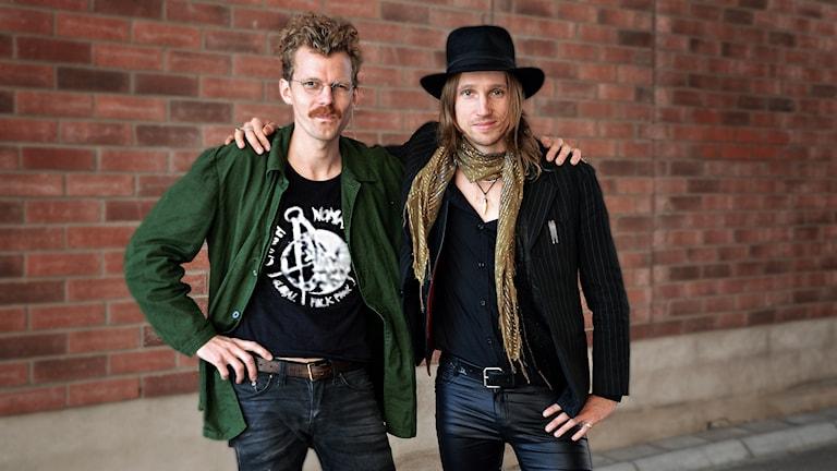 Linus Fransson och Ragnar Bey i Crash Nomada.