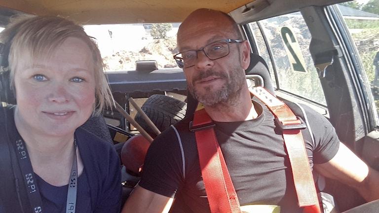 Nu finns sex bilar på gården och Janne Sund är tacksam för all hjälp de fått.