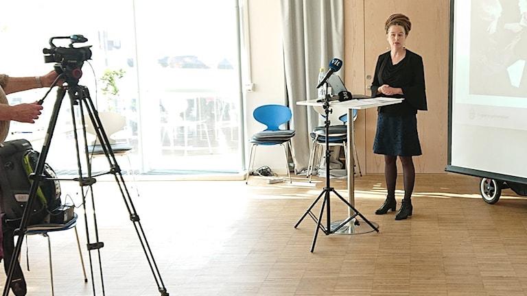 Kulturminister Amanda Lind besökte Västerås för att presentera budgeten.