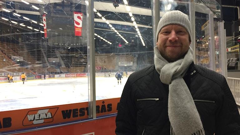 Patrik Zetterberg, som är assisterande sportchef i VIK.  Här har du varit mycket, du har gått hela vägen från spelare-förälder-ledare.