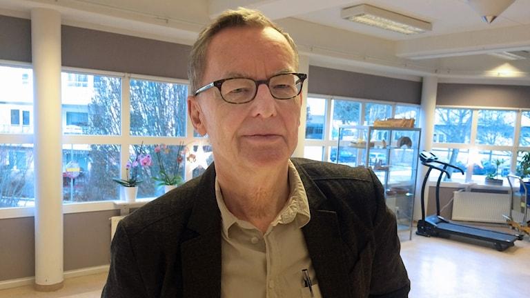 Författaren och litteraturprofessorn Anders Olsson.